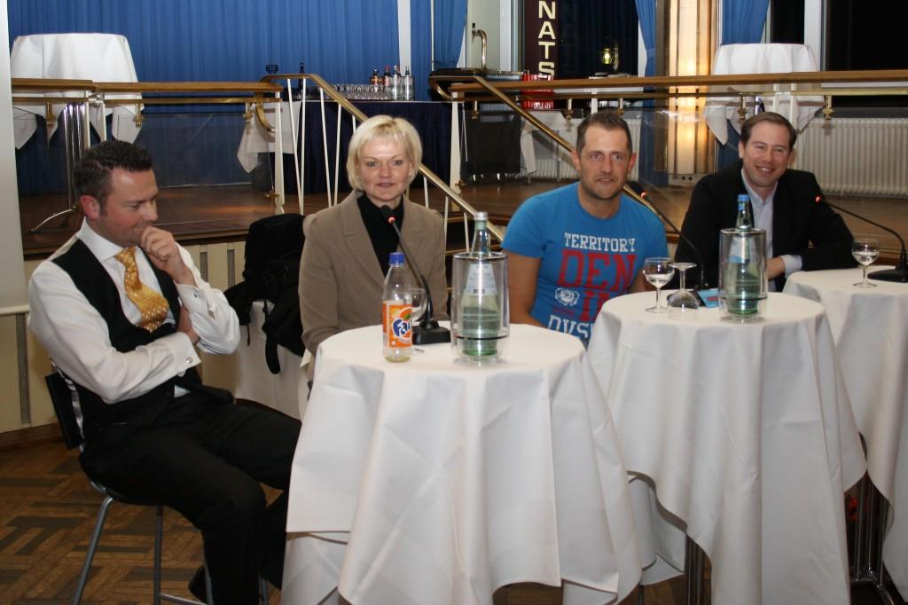 Wolgang Kierdorf diskutierte mit Dr. Claudia Mika, Christoph Kind und Tobias Modjesch (von links)über die Frage, was einen guten Gründer ausmacht